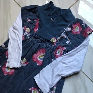 TEA COLLECTION NAVY FLORAL TOP SIZE 2